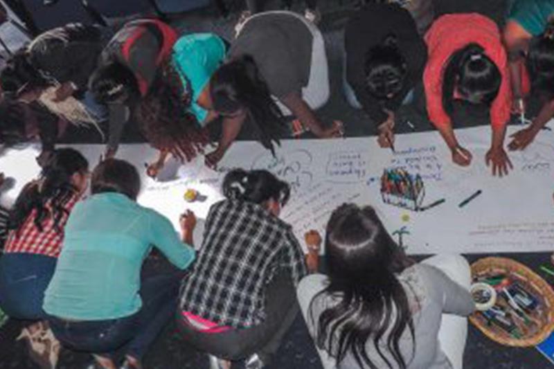 """""""Nuestro cuerpo no es botín de guerra"""" Voces de mujeres sobrevivientes de violencia sexual en Colombia"""